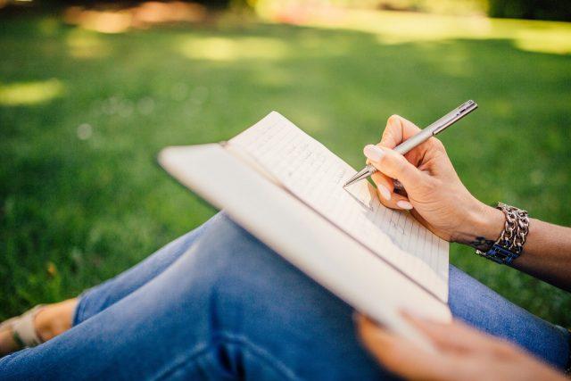 เขียนเปลี่ยนชีวิตและจิตใจ